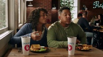 Zaxby's Boneless Wings Meal TV Spot, 'Bringing People Together: Order Ahead' - Thumbnail 2