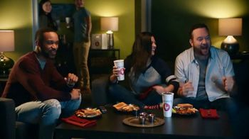 Zaxby's Boneless Wings Meal TV Spot, 'Bringing People Together: Order Ahead' - Thumbnail 4