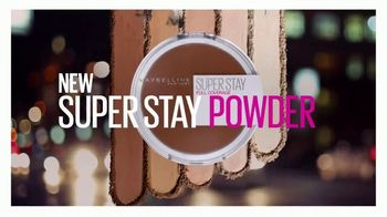 Maybelline New York Super Stay Powder TV Spot, 'Full Coverage From a Powder' - Thumbnail 7