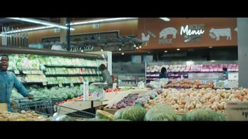 Chase Freedom Unlimited Card TV Spot, 'You're Always Earning at the Grocery Store' Featuring Kevin Hart - Thumbnail 1