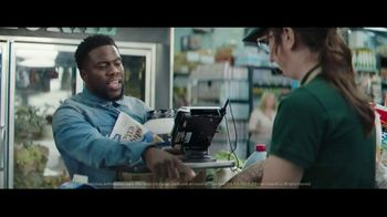 Chase Freedom Unlimited Card TV Spot, 'You're Always Earning at the Grocery Store' Featuring Kevin Hart - Thumbnail 10