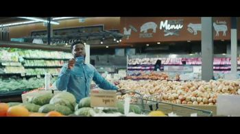 Chase Freedom Unlimited Card TV Spot, 'You're Always Earning at the Grocery Store' Featuring Kevin Hart - Thumbnail 2