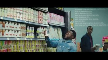 Chase Freedom Unlimited Card TV Spot, 'You're Always Earning at the Grocery Store' Featuring Kevin Hart - Thumbnail 5