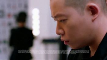 JPMorgan Chase Mobile App TV Spot, 'Jason's Way' Featuring Jason Wu - Thumbnail 4