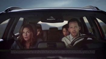 2019 Hyundai Santa Fe TV Spot, 'Not Flying' Song by Lord Huron [T1] - Thumbnail 7