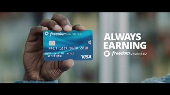 Chase Freedom Unlimited Card TV Spot, 'You're Always Earning' Featuring Kevin Hart - Thumbnail 10