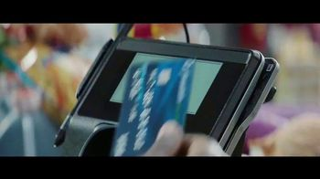 Chase Freedom Unlimited Card TV Spot, 'You're Always Earning' Featuring Kevin Hart - Thumbnail 8