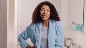 Azo Complete Feminine Balance Daily Probiotic TV Spot, 'Annoying Yeast Issues' - Thumbnail 5