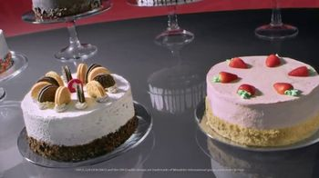 Cold Stone Creamery Signature Ice Cream Cakes TV Spot, 'Mother's Day' Song by Uncle Kracker - Thumbnail 7