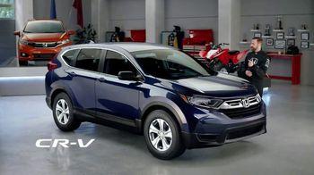 Honda Dream Garage Spring Event TV Spot, 'CR-V and HR-V' Featuring James Hinchcliffe [T2] - Thumbnail 3