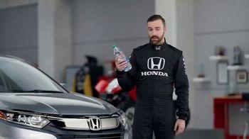 Honda Dream Garage Spring Event TV Spot, 'CR-V and HR-V' Featuring James Hinchcliffe [T2] - Thumbnail 6