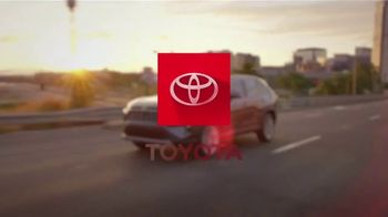 Toyota TV Spot, 'Turn Up Comfort and Safety' [T2] - Thumbnail 9