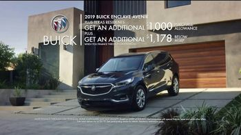 2019 Buick Enclave TV Spot, 'Yes' Song by Matt and Kim [T2] - Thumbnail 9
