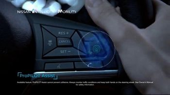 2019 Nissan Rogue TV Spot, 'Stay Centered' [T2] - Thumbnail 4