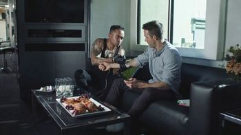 Toon Blast TV Spot, 'Tattoo' Featuring Ryan Reynolds - Thumbnail 8