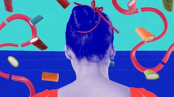 SweeTARTS Soft & Chewy Ropes TV Spot, 'Be Both: Grace & Grit' - Thumbnail 1