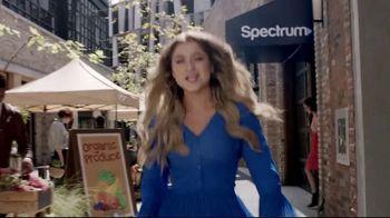 Spectrum Mobile TV Spot, 'Spectrum Mobile It' Featuring Sofia Reyes, Thomas Augusto - Thumbnail 1