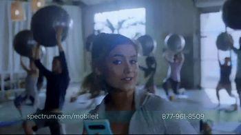Spectrum Mobile TV Spot, 'Spectrum Mobile It' Featuring Sofia Reyes, Thomas Augusto - Thumbnail 4