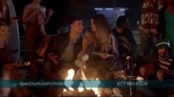 Spectrum Mobile TV Spot, 'Spectrum Mobile It' Featuring Sofia Reyes, Thomas Augusto - Thumbnail 9