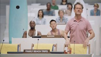 Priceline.com TV Spot, 'Family Beach Trips' Featuring Kaley Cuoco - Thumbnail 5