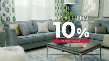 Ashley HomeStore One Day Sale TV Spot, 'Extended: 25 Percent' Song by Midnight Riot - Thumbnail 5