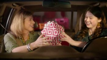 TJ Maxx TV Spot, 'Gifts For Every Mom' Song by The Hot Damn's - Thumbnail 8
