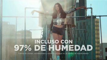 Garnier Fructis Sleek & Shine TV Spot, 'Súper liso' canción de Bruno Mars [Spanish] - Thumbnail 7