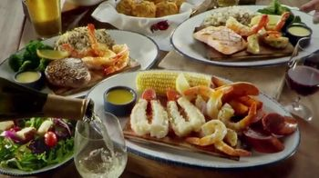 Red Lobster Cedar-Plank Seafood TV Spot, 'Planked to Perfection'