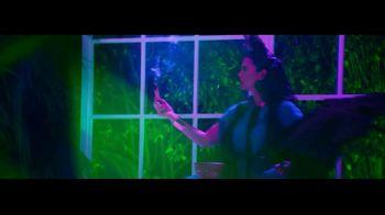 GoDaddy TV Spot, 'Paloma Teppa trabaja para crear el mundo que ella quiere' [Spanish] - Thumbnail 4