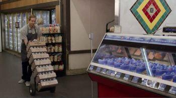 GEICO TV Spot, 'NHL: Shaving Cream' Featuring Roman Josi - Thumbnail 4