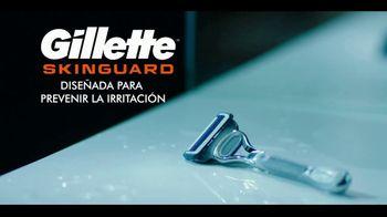 Gillette SkinGuard TV Spot, 'Listo para servir' [Spanish] - Thumbnail 8