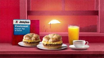 Jimmy Dean Sausage, Egg & Cheese Croissant TV Spot, 'Comenzar el día' [Spanish] - Thumbnail 2