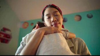TJ Maxx TV Spot, 'Maximizando el día de las madres' canción de The Hot Damn's [Spanish]