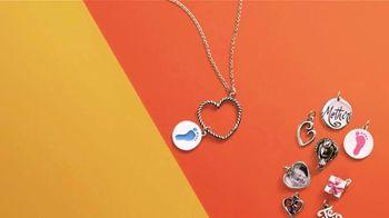 James Avery Artisan Jewelry TV Spot, ' Mother's Day: Capture Memories' - Thumbnail 4