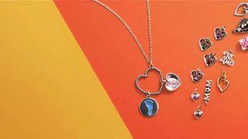 James Avery Artisan Jewelry TV Spot, ' Mother's Day: Capture Memories' - Thumbnail 5