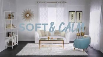 Overstock.com TV Spot, 'Gold and Whites' - Thumbnail 7