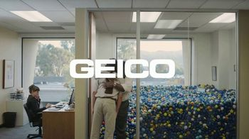 GEICO Homeowners Insurance TV Spot, 'Overflowing Office' - Thumbnail 10
