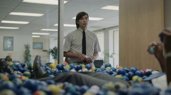 GEICO Homeowners Insurance TV Spot, 'Overflowing Office' - Thumbnail 6