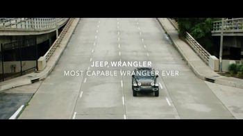 Jeep Freedom Days TV Spot, 'In the Presence of a Legend' Featuring Tony Hawk, Song by SUR [T2] - Thumbnail 6