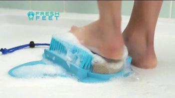 Fresh Feet TV Spot, 'Clean Happy Feet' - Thumbnail 4