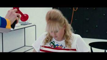 The Hustle - Alternate Trailer 16