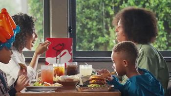 Chili's 3 for $10 TV Spot, 'Lunch With Your Best Friend' - Thumbnail 5
