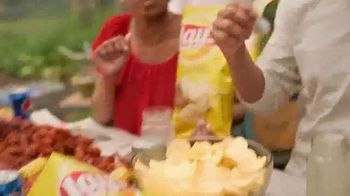 Frito Lay TV Spot, 'Perfect Side of Summer' - Thumbnail 2