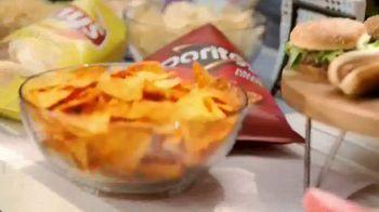 Frito Lay TV Spot, 'Perfect Side of Summer' - Thumbnail 3