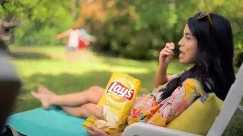Frito Lay TV Spot, 'Perfect Side of Summer' - Thumbnail 4