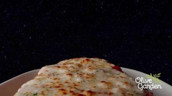 Olive Garden Giant Italian Classics TV Spot, 'For Mankind' - Thumbnail 5