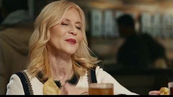 Chili's 3 for $10 TV Spot, 'Nana Went Blonde' - Thumbnail 8