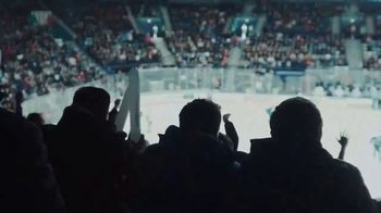 Buffalo Wild Wings TV Spot, 'Playoff Season' - Thumbnail 4