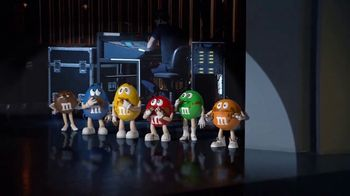 M&M's Hazelnut Spread TV Spot, 'New Spokescandy' - Thumbnail 7