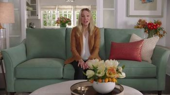 La-Z-Boy TV Spot, 'Cue Cards' Featuring Kristen Bell - Thumbnail 2